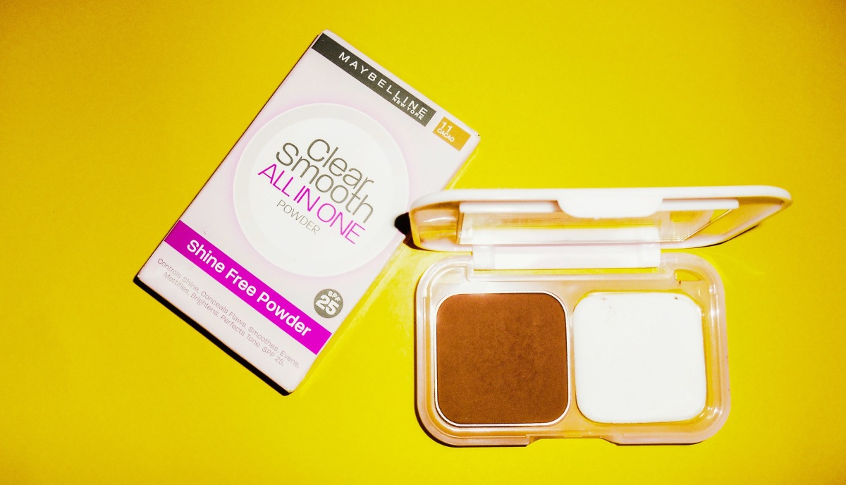 New in | Maybelline clear smooth all in one powder ( Shine free ) + Review